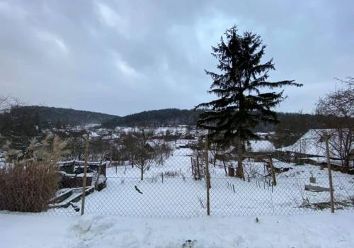 Na predaj stavebný pozemok v Hrachovišti