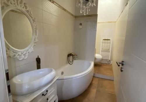 Na predaj 1,5 + 1 izbový štýlový byt v Novom Meste nad Váhom
