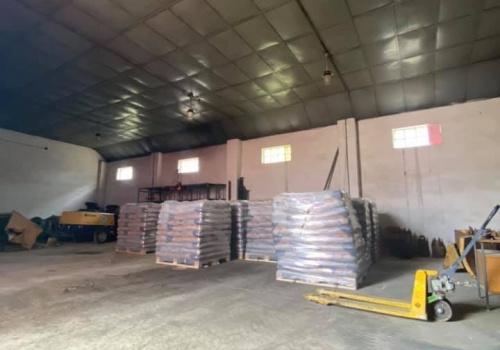 Na predaj 6 ks garáži v priemyselnom areáli v Starej Turej